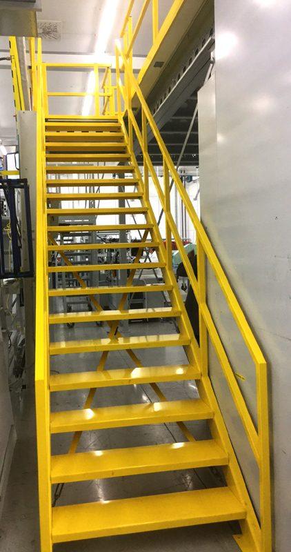 Entresolvloer trap verdiepingsvloer